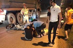 Thiếu tá CSGT bị tông ngã khi đang xử lý vi phạm