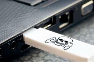 Dùng USB phá hoại máy tính trường học, cựu sinh viên đối mặt án tù