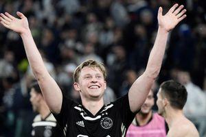 Ajax chấp nhận tình cảnh lực lượng 'tan đàn xẻ nghé'