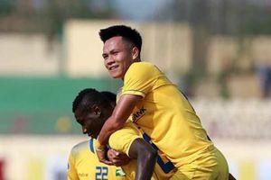 SLNA lên vị trí thứ 2 V.League sau trận thắng Đà Nẵng