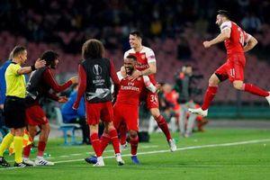Arsenal 'hẹn' Valencia ở bán kết Europa League