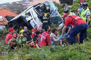 Lật xe buýt tại Bồ Đào Nha, ít nhất 29 người chết