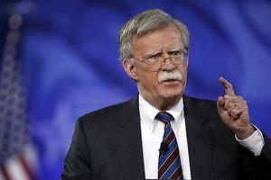 Mỹ áp đặt thêm cấm vận với Venezuela và Cuba