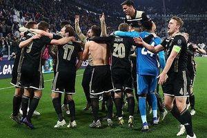 Giải vô địch Hà Lan tạm hoãn để Ajax dồn lực cho Champions League