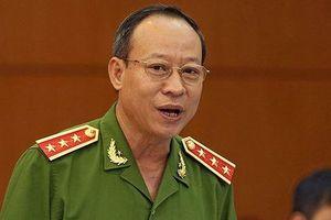 Thượng tướng Lê Quý Vương trả lời vụ ông Nguyễn Hữu Linh 'nựng' bé gái