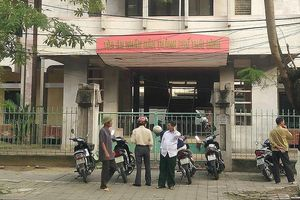 Vụ nữ sinh THCS bị xâm hại tập thể ở Thái Bình: Tòa dán thông báo xử kín