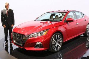 Nissan Sunny 2020: Đột phá về thiết kế, cạnh tranh gay gắt với Toyota Yaris