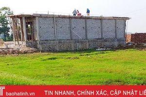 Tháo dỡ đường điện 'thừa' ở Can Lộc sau phản ánh của Báo Hà Tĩnh