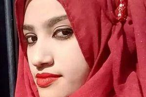 Nữ sinh 19 tuổi bị thiêu vì tố cáo hiệu trưởng quấy rối tình dục