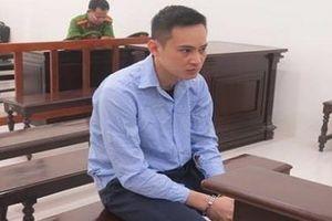 Bảo vệ tình nhân, 'phi công' trẻ lĩnh 17 năm tù vì hành vi giết người