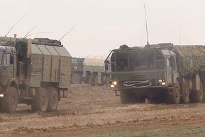 Quân đội Nga triển khai Iskander ở Khmeimim, thử nghiệm hay diệt khủng bố?