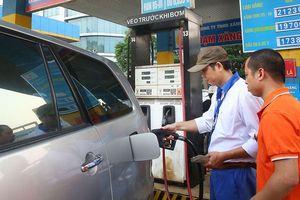 Tiếp tục tăng giá xăng dầu: Lạm phát có đáng lo?