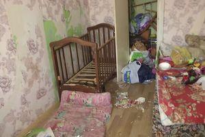 Mẹ nhốt hai con trong nhà suốt 9 ngày và bỏ đói đến chết để đi chơi với bạn trai