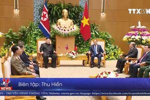 Triều Tiên phát hành tem về chuyến thăm Việt Nam của Chủ tịch Kim Jong-un