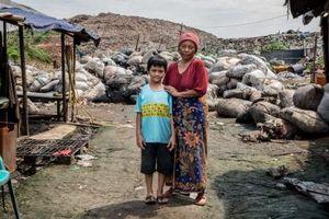 Cuộc sống nơi bãi rác lớn nhất Indonesia