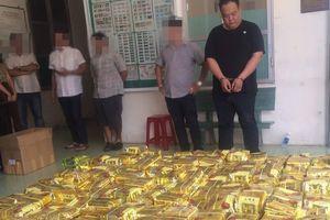 Bắt giữ 1,1 tấn ma túy giả dạng gói trà được cất giấu trong loa thùng ở TP.HCM