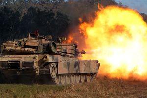 Pháp triển khai binh lính, xe tăng đến gần biên giới Nga