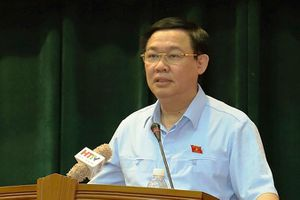 Phó Thủ tướng Vương Đình Huệ tiếp xúc cử tri doanh nghiệp