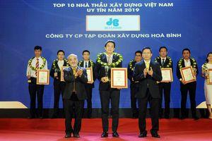 Công ty CP Tập đoàn Xây dựng Hòa Bình 3 năm liên tiếp đạt Top 10 Nhà thầu Xây dựng uy tín