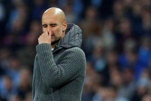 HLV Guardiola: 'Sẽ không có chuyện Man City buông xuôi'