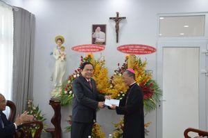Dịp lễ Phục sinh, Chủ tịch Ủy ban T.Ư MTTQ VN thăm Tòa Giám mục Phan Thiết