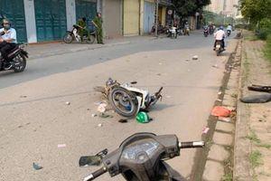 Va chạm với xe máy Grab, một người đi bộ phải nhập viện cấp cứu