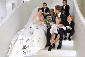 Angelina Jolie đổi họ sau khi chính thức ly hôn
