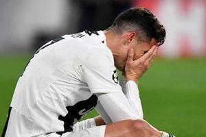 Thực hư việc Ronaldo suy sụp muốn rời Juventus vì bị loại khỏi Champions League