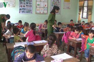 Lạng Sơn: Công an kết luận cô giáo không đánh thước vào mắt học sinh