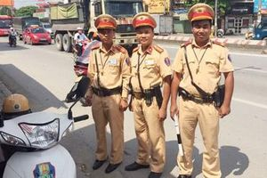 'Mệnh lệnh trái tim' của người Cảnh sát giao thông