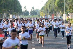 Hàng nghìn người tham gia Giải chạy Mekong Delta Marathon Hậu Giang 2019