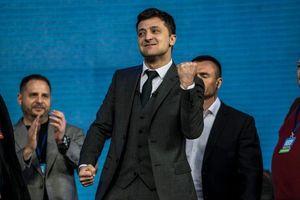 Tuyệt vọng, người dân Ukraine sẽ chọn một 'diễn viên hài' làm Tổng thống?