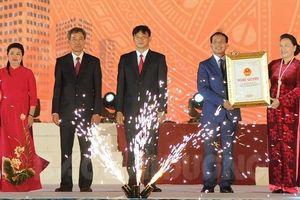 Chủ tịch Quốc hội Nguyễn Thị Kim Ngân dự Lễ công bố thành lập TP Chí Linh