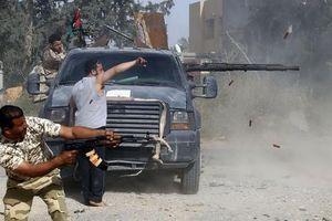 Xung đột dữ dội ở gần Tripoli, Syria trong 'giai đoạn tấn công mới'