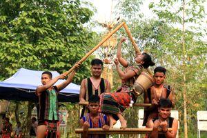 Tái hiện lễ cúng cơm mới của người Stieng - Bình Phước