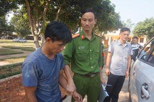 Bộ đội bắt trộm, ngăn không để trộm ăn no đòn của người dân