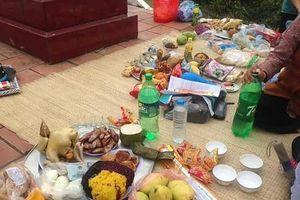 Người Sán Dìu ở Vĩnh Phúc: Vì 'nhất táng thiên thu' nên Tết Thanh Minh là lễ trọng