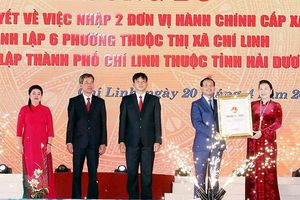 Chủ tịch Quốc hội dự Lễ công bố Nghị quyết thành lập thành phố Chí Linh