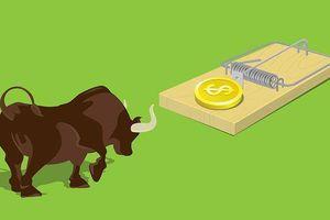 Đua cổ phiếu nóng cẩn trọng bỏng tay