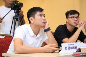 Góc soi: Giám đốc âm nhạc Hồ Hoài Anh còn không kịp ăn sáng để đến với The Vocie Kids 2019