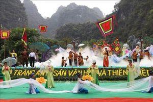 Khai mạc lễ hội Tràng An - Lễ hội Thánh Quý Minh Đại Vương năm 2019 tại Ninh Bình