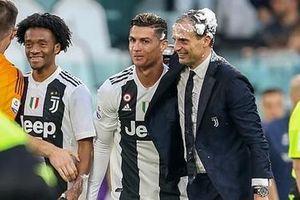 Ronaldo lần đầu đăng quang ở Serie A