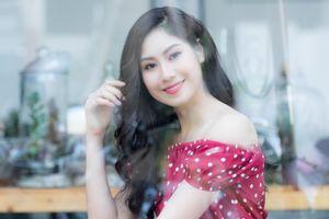 Hoa khôi Nhạc viện được so sánh với diễn viên Hong Kong Hồ Định Hân