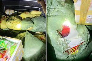 Quảng Ninh: Thu giữ 1 tấn trà sữa, 700kg xúc xích không rõ nguồn gốc