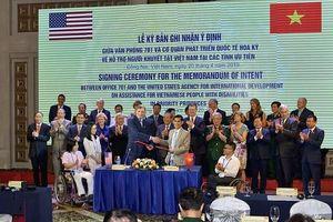 Hoa Kỳ và Việt Nam ký bản ghi nhận ý định về quan hệ đối tác mới