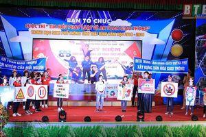 Học sinh Thái Bình thi tìm hiểu pháp luật về an toàn giao thông