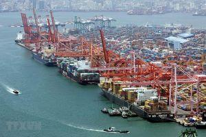 Hàn Quốc hạ dự báo tăng trưởng kinh tế, giữ nguyên lãi suất cơ bản
