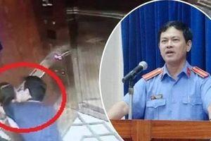 Phê chuẩn quyết định khởi tố bị can đối với nguyên Phó Viện trưởng VKSND TP Đà Nẵng 'nựng' bé gái