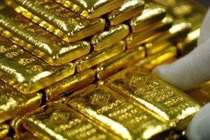 Giá vàng nhích khỏi đáy, USD tự do tăng mạnh