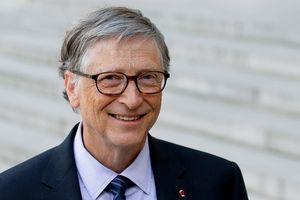 Bill Gates trở lại mốc tài sản 100 tỷ USD